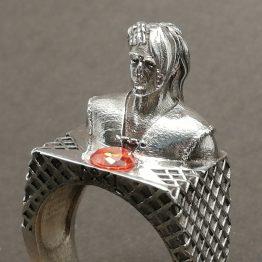 Loki ring