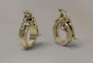 Cowgirl riding style position ring